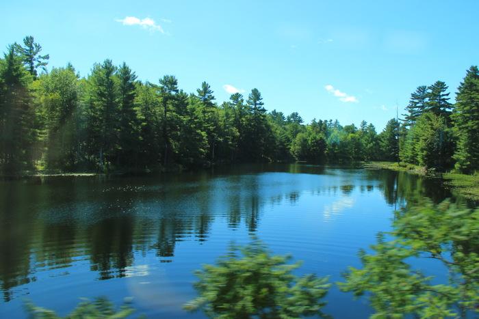 Mit dem Zug durch Kanada: Via Rail Kanada Seen