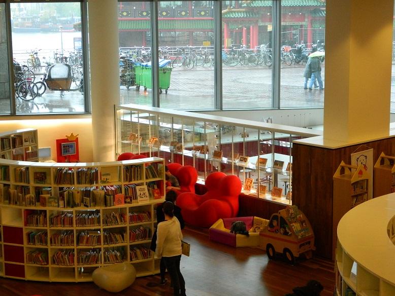Trotzdem nach Amsterdam reisen: Amsterdam bei Regen - Tipp: Amsterdam Bibliothek