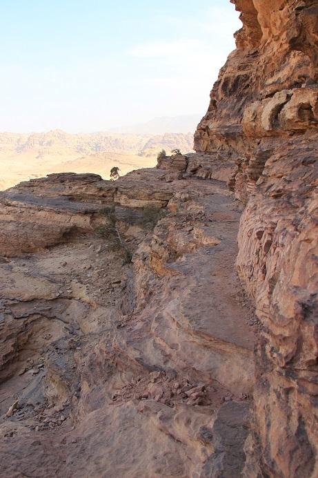 Petra Jordanien: Kletterfelsen zur Monastry