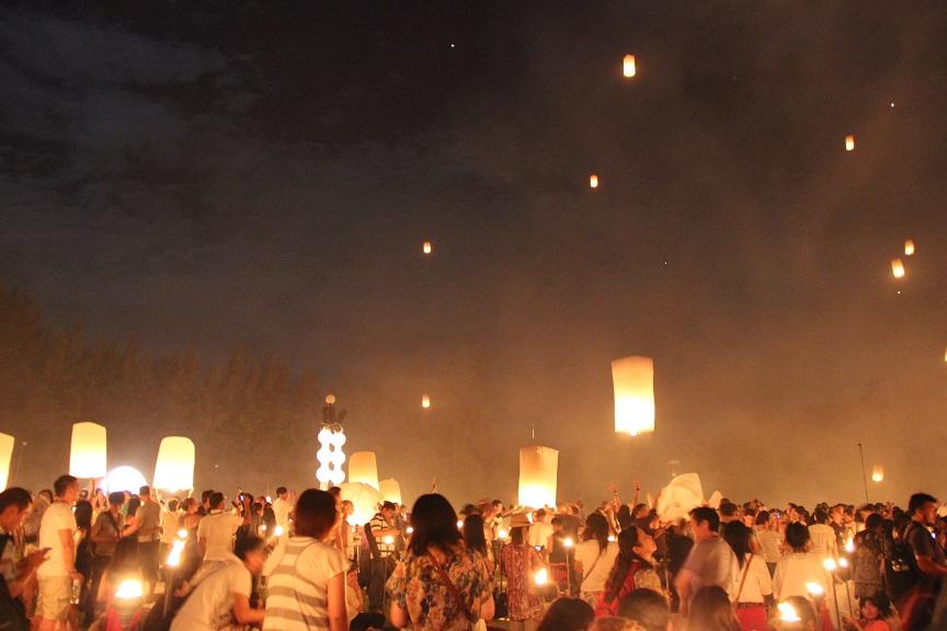 Chiang Mai & Laternenfest Die Menschenmasse
