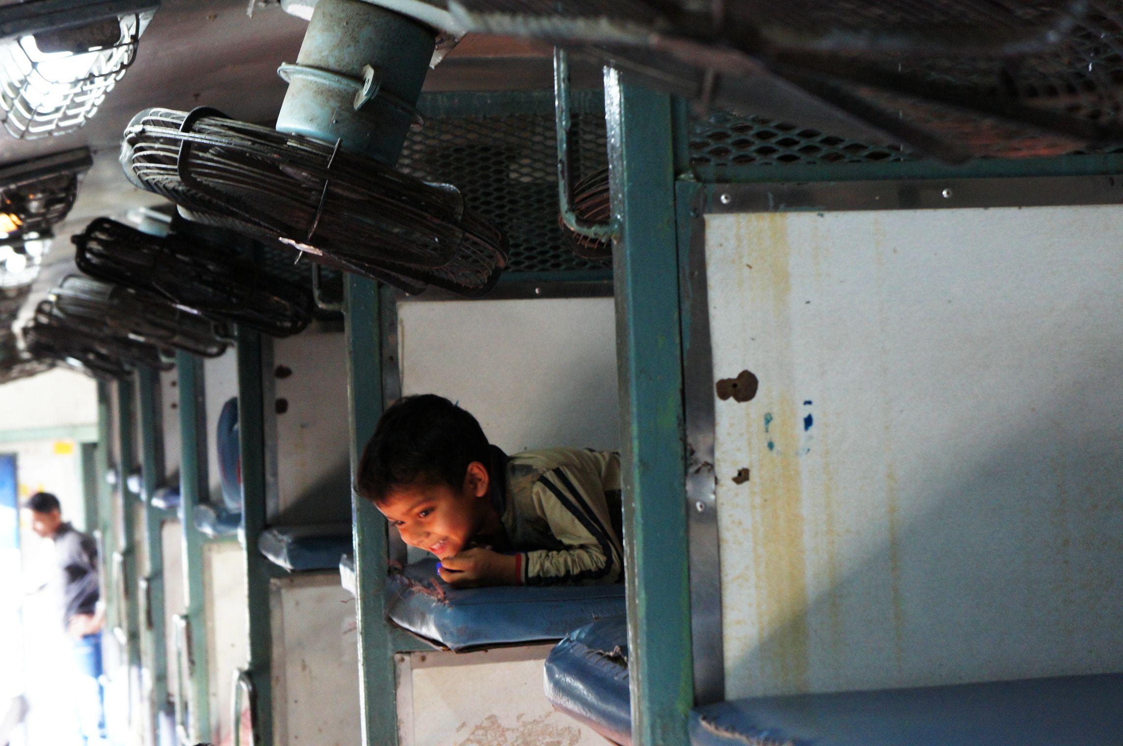 Als Frau in Indien reisen - Im Zug