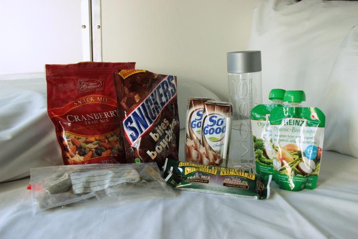 Packliste - Handgepäck für lange Zugfahrten - Snacks