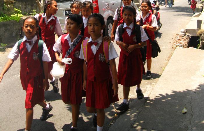 Freiwilligenarbeit mit Kindern - Keine gute Ide