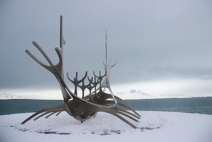 Island-Kosten-eine-Woche-Reykjavik_Skulptur
