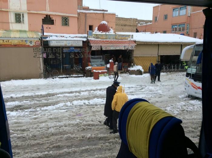 Marokko-alleine-reisen-als-frau-Schnee