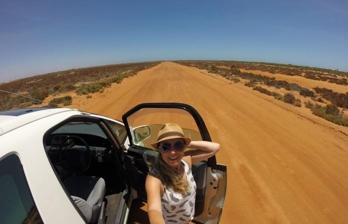 Artikelbild-Packliste-Camping-und-Roadtrips
