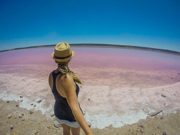 Alleinreisende Frauen wohin? Pink Lake