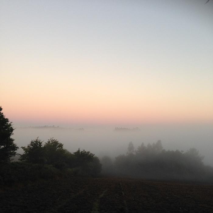 jakobsweg-allein-als-frau-pink-compass-5