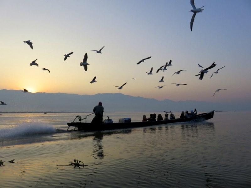 Reisen mit Hashimoto und Schilddruesentabletten - Sonnenaufgang Inle Lake Myanmar