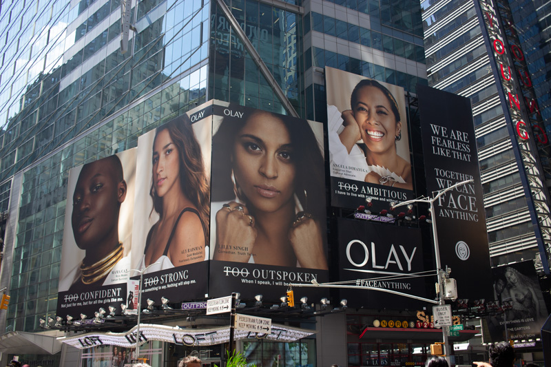 NYC-fuer-Feministinnen-Times-Square